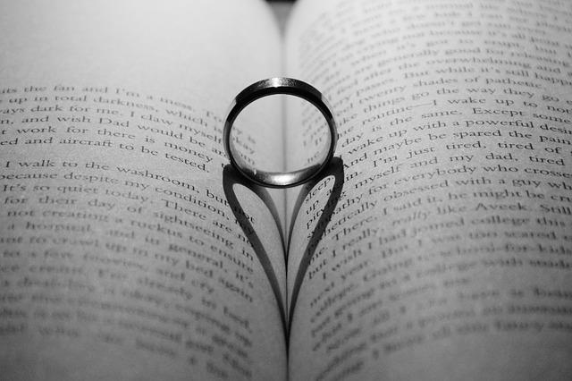 love-2799037_640.jpg